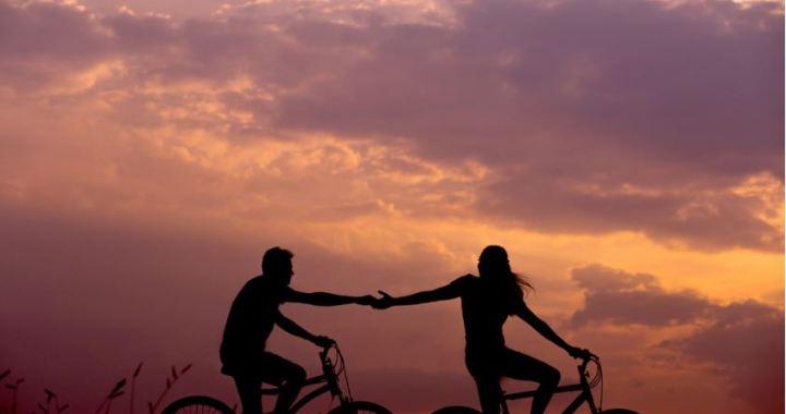 Kopīga atpūta ar mīļoto var stiprināt jūsu attiecības