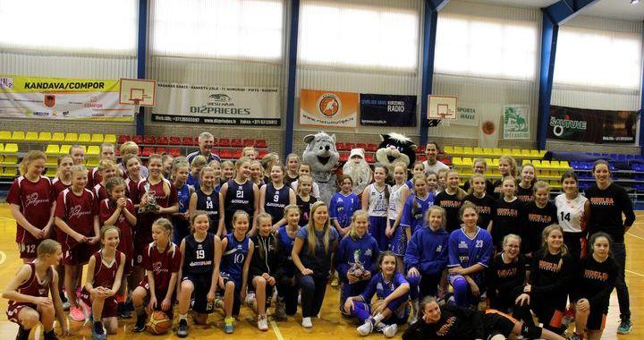 Kandavā aizvadīts tradicionālais basketbola turnīrs