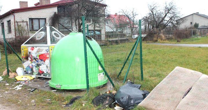 Kurš ir atbildīgs par šķiroto atkritumu izvešanu Tukumā?