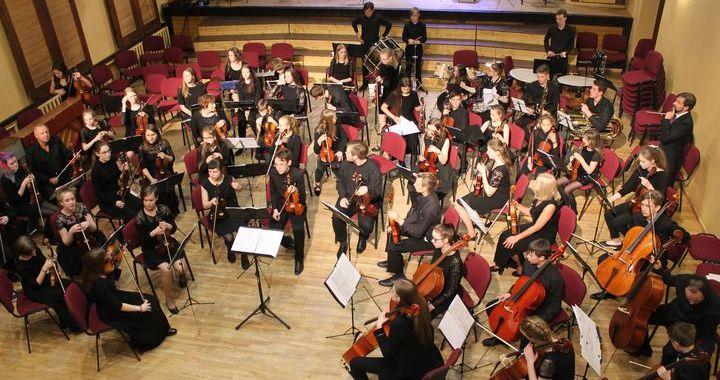 Kandavā izskanējis Kurzemes orķestru festivāls