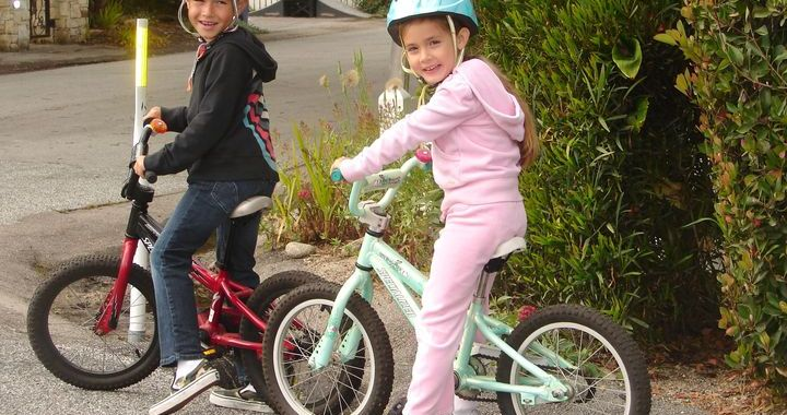 Soda bērnus, kas brauc ar velosipēdu bez tiesībām un aizsargķiverēm