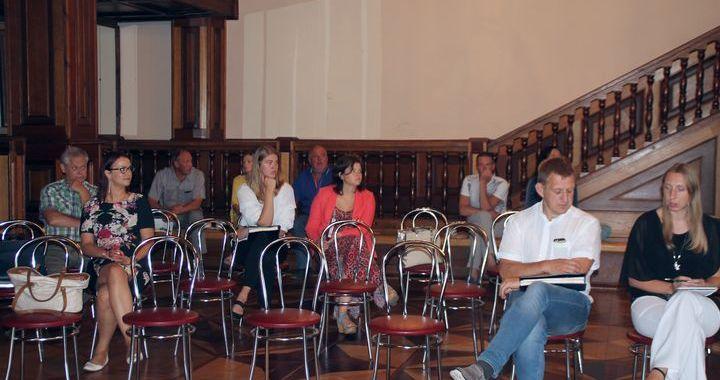 Kandavas uzņēmēju sapulcē diskutē par iepirkumiem