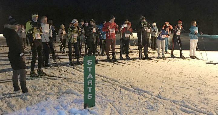 Turpina slēpot Milzkalnē
