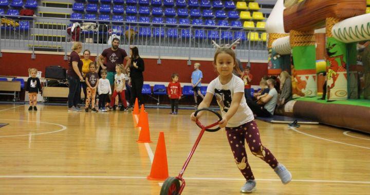 Ģimeņu sporta svētkos Lapmežciemā