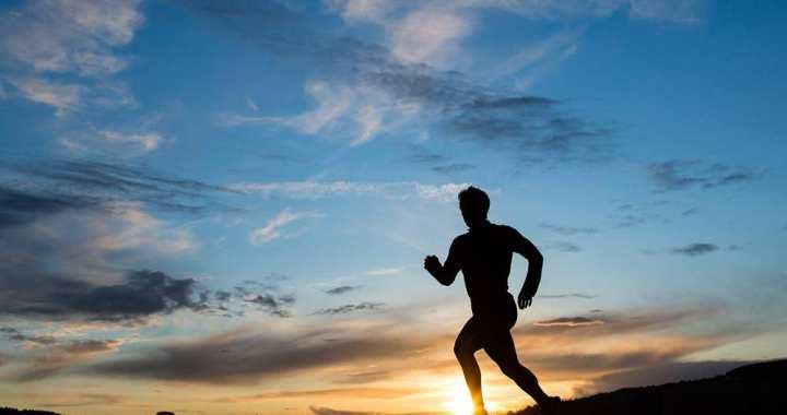 Ierobežo sporta nodarbības iekš un ārpus telpām
