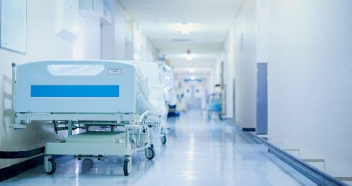 Uz divām nedēļām slimnīcas pārtrauks sniegt plānveida stacionāros pakalpojumus