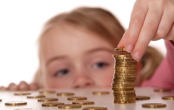 Valdība akceptē ģimenes valsts pabalsta apmēra palielināšanu no nākamā gada