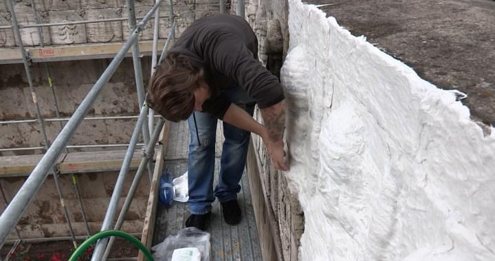Atklās 29 restaurētos Zemgales-Kurzemes pilsētu ģerboņus