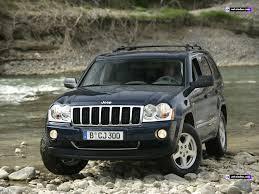 Džips nav drošākais auto uz bedrainajiem Latvijas ceļiem