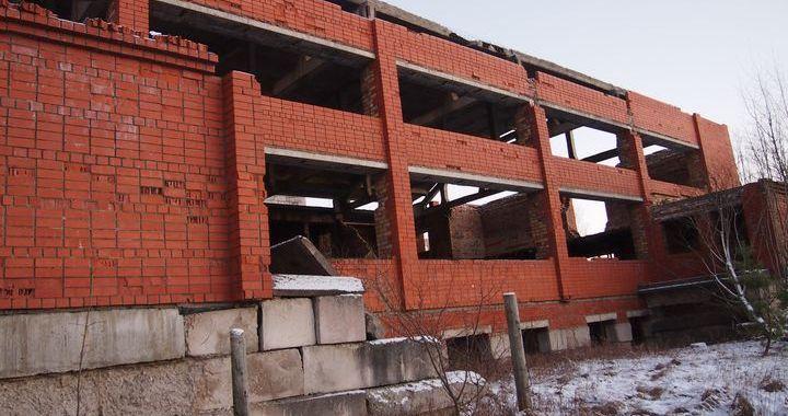 Kandavas novadā apsekotas bīstamās būves