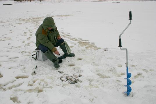 VUGD brīdina: ledus ir bīstams!