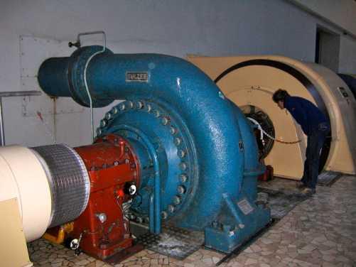 Abbildung 1: Pumpen, meist noch in ihrer Originalausführung um 1960, im Pumpwerk Arolla der Grande Dixence.