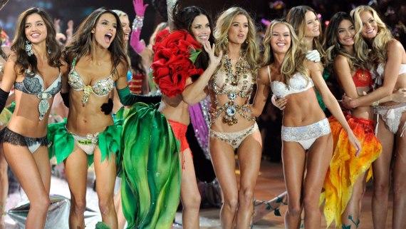 Victoria's Secret Angels courtesy of sosueme.ie