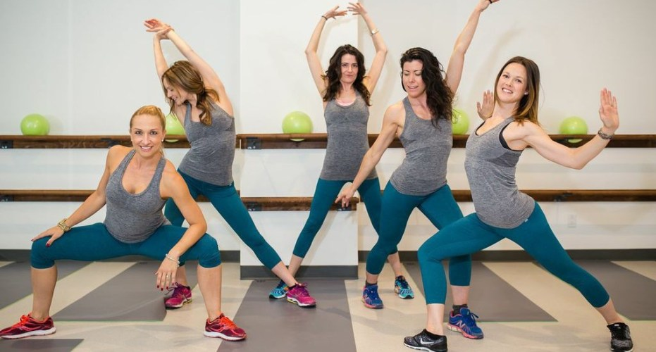 Cory Vines B.Cycle Montreal Girls Stretching Yoga Barre Fitness Nudabite Sports Sports wear Grey