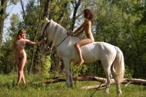 donne a cavallo