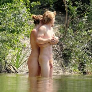 nudi in pubblico