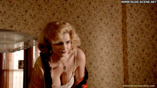 Megan Ferguson Nude Sexy Scene Mad Men Posing Hot Nude Scene