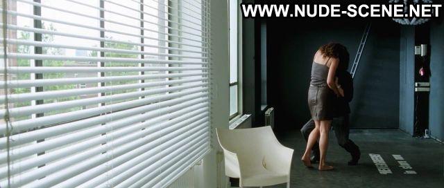 Carice Van Houten Komt Een Vrouw Bij De Dokter Posing Hot Sexy Scene