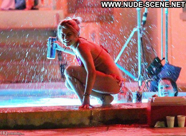 Selena Gomez No Source Famous Nude Scene Posing Hot Babe Hot