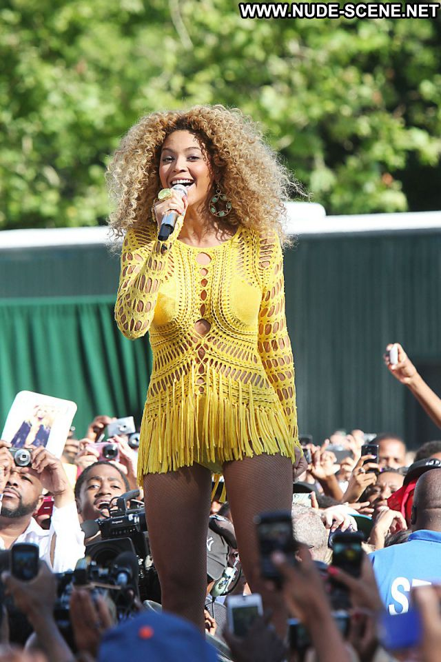 Beyonce Celebrity Singer Nude Nude Scene Ebony Posing Hot Hot