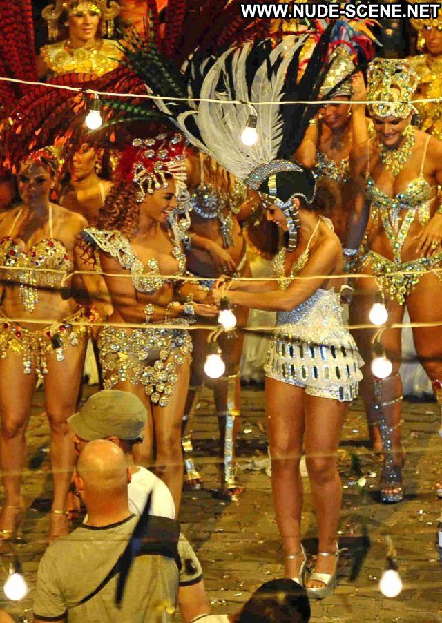 Beyonce Babe Posing Hot Celebrity Nude Scene Nude Ebony Celebrity