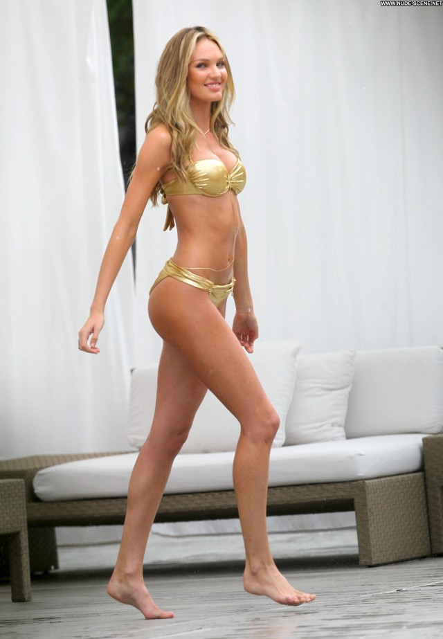 Candice Swanepoel Miami Aug          Bikini Celebrity Posing Hot