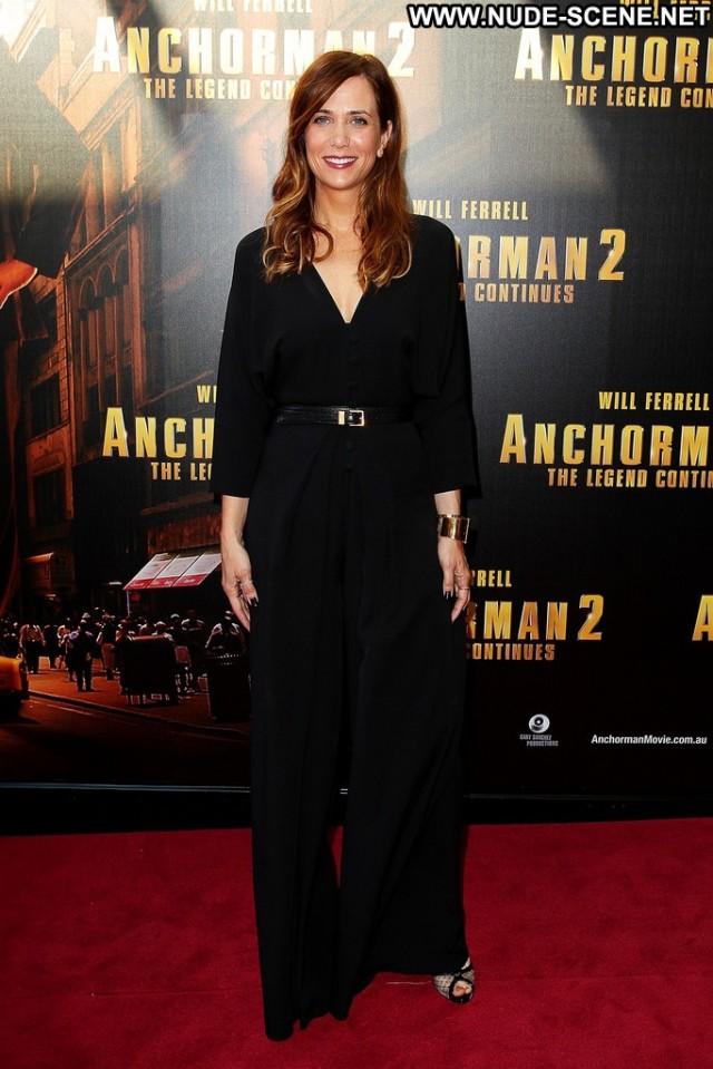 Kristen Wiig Anchorman Babe High Resolution Posing Hot Celebrity