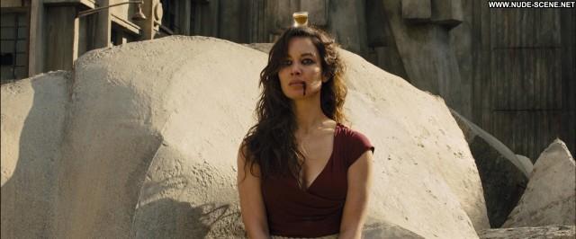 Berenice Marlohe Skyfall Hot Celebrity Sex Movie Beautiful Posing Hot