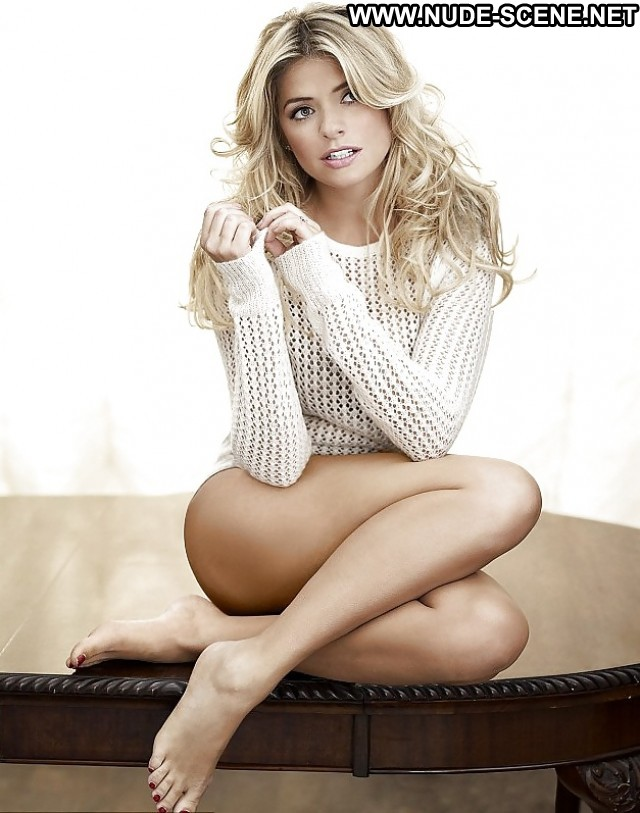 Holly Willoughby Pictures Celebrity Blonde Milf Posing Hot Actress