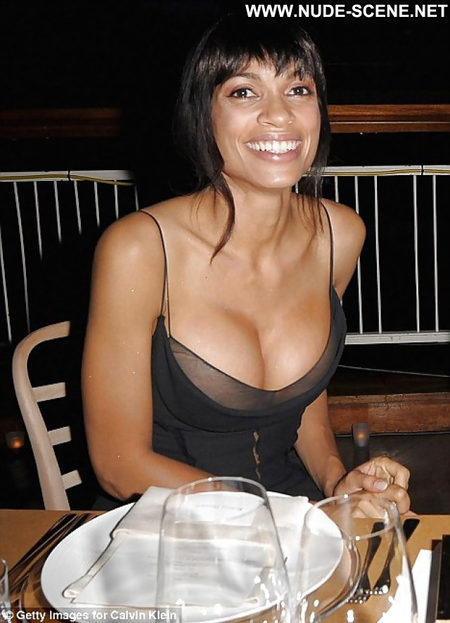 Rosario Dawson Pictures Beach Celebrity Hot Flashing Hd Beautiful