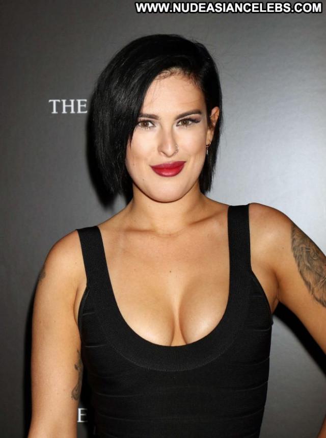 Rumer Willis Star Crossed Paparazzi Beautiful Babe Posing Hot