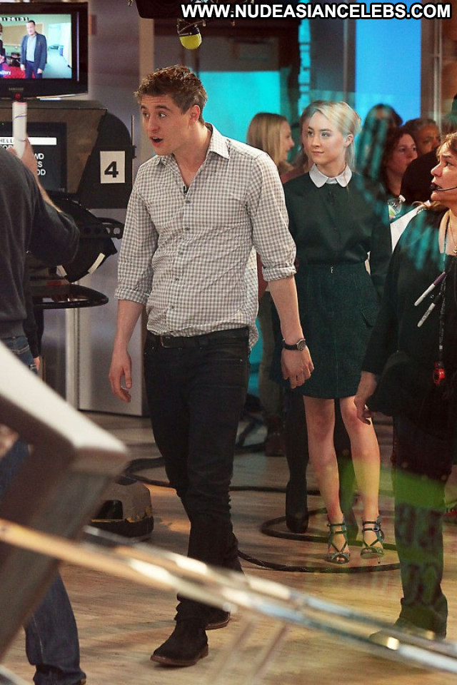 Saoirse Ronan Good Morning America Celebrity Paparazzi Posing Hot