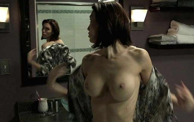 christy carlson romano celebrity boobs in mirrors