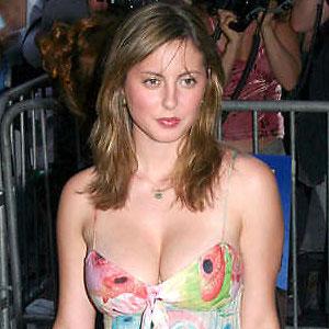 eva amurri martino showing off her huge cleavage