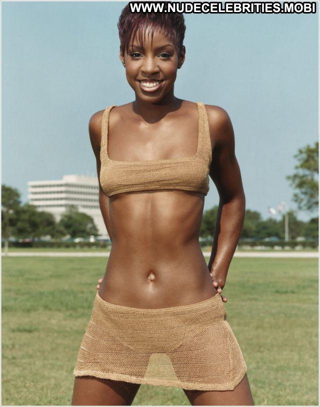 Kelly Rowland Cute Bikini Nude Scene Nude Celebrity Ebony Posing Hot