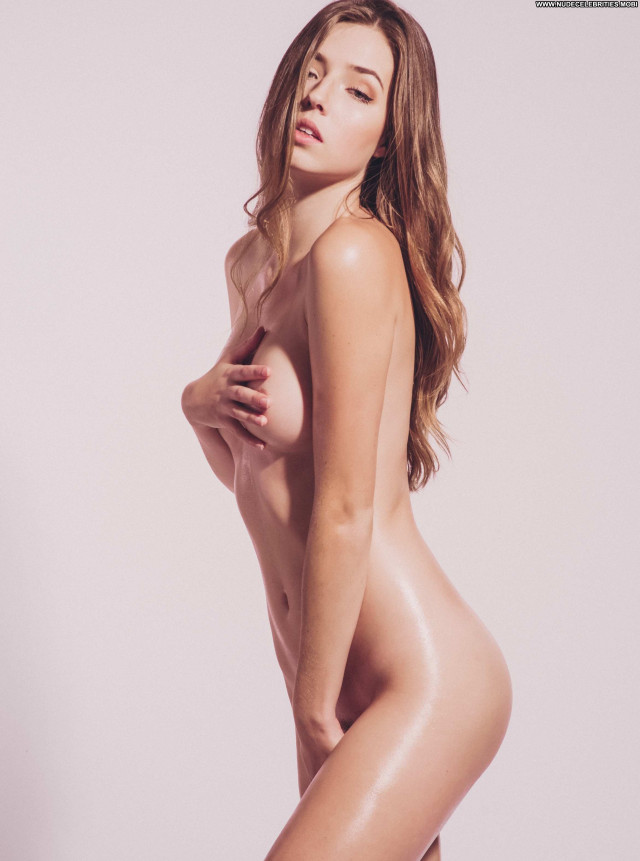 Allie Ayers A Day Celebrity Celebrity Porn Sex Mali Sexy Posing Hot