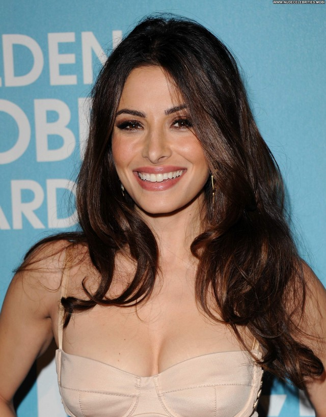 Sarah Shahi Babe Beautiful Party High Resolution Celebrity Posing Hot
