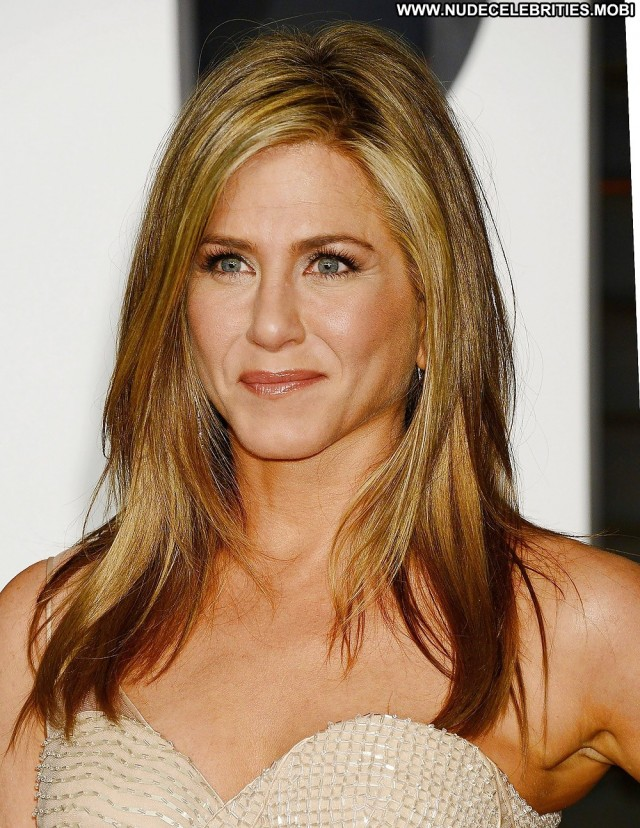 Jennifer Aniston Pictures Awards Mature Celebrity