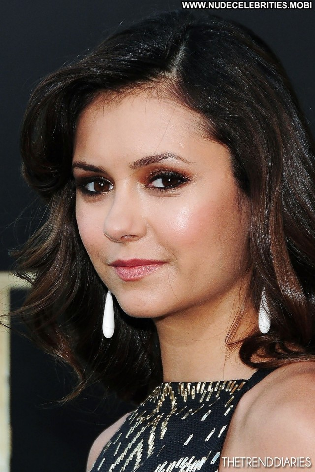 Nina Dobrev Pictures Teen Brunette Celebrity