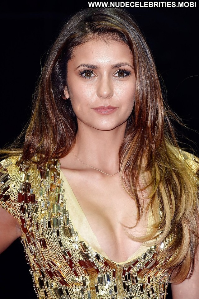 Nina Dobrev Pictures Celebrity Brunette Teen Female Hot Nude Scene