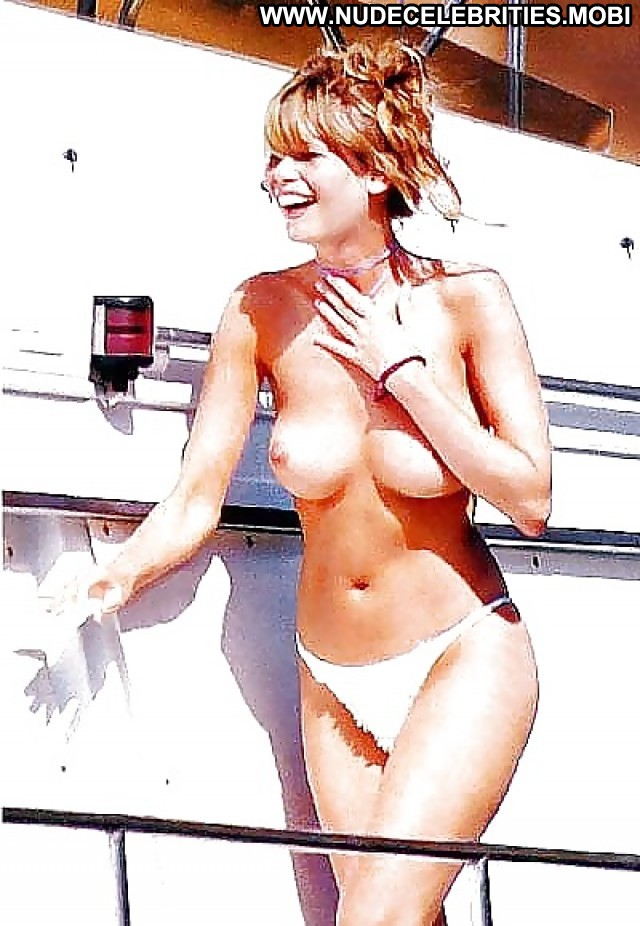 Claudia Schiffer Pictures Tits Celebrity