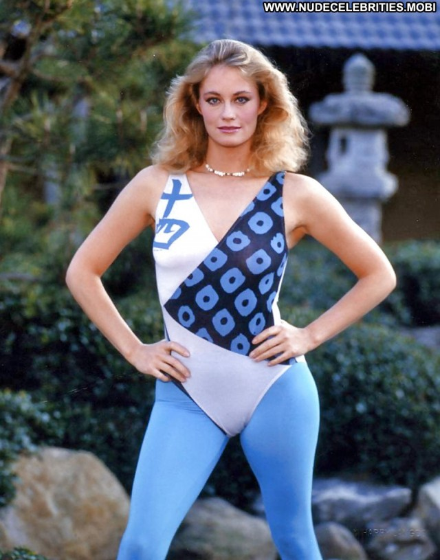 Cybill Shepherd American Stunning Athletic Slender Celebrity