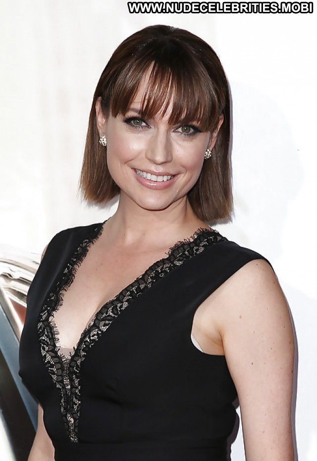 Julie Ann Emery Pictures Sexy Sea Hot Milf Celebrity Actress Female