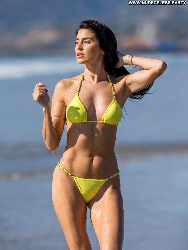 Nicole Williams Miscellaneous Beautiful Medium Tits Celebrity