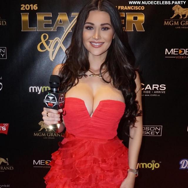 Jenna Jenovich Sexy Posing Hot Model Actress Cleavage Celebrity Party