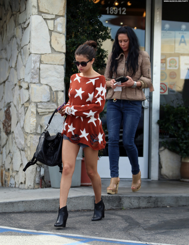 Selena Gomez Los Angeles Los Angeles Babe Posing Hot Celebrity