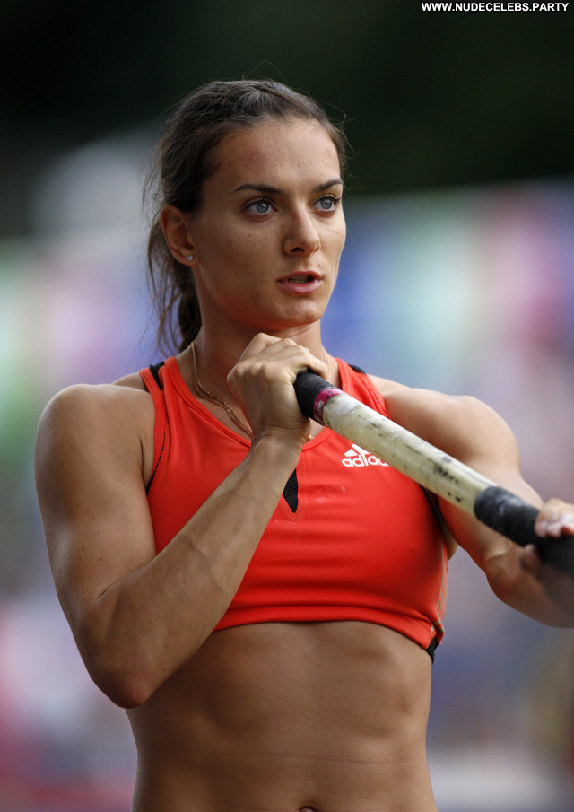 Yelena Isinbayeva Posing Hot Babe Celebrity Beautiful Nude Scene Hd