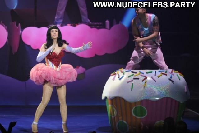 Katy Perry Babe Paparazzi Beautiful Paris Celebrity Posing Hot Nude
