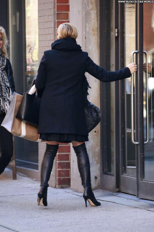 Jane Krakowski New York New York Celebrity Beautiful Milk Posing Hot
