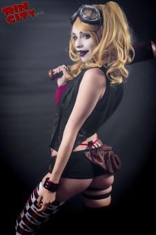 Harley-Quinn-Nude-Rin-City-Cosplay-10-oygPyl0